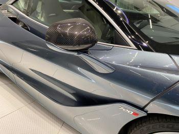 McLaren 720S V8 2dr SSG LUXURY image 3 thumbnail