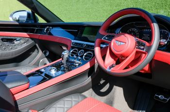 Bentley Continental GTC 6.0 W12 2dr image 10 thumbnail