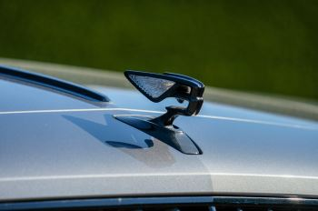 Bentley Flying Spur 6.0 W12 4dr image 8 thumbnail