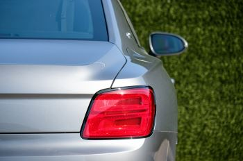 Bentley Flying Spur 6.0 W12 4dr image 7 thumbnail