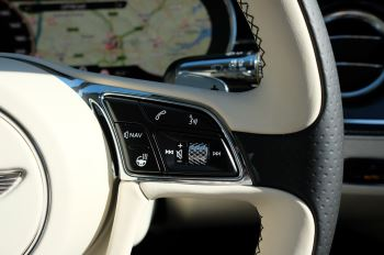 Bentley Flying Spur 6.0 W12 4dr image 33 thumbnail