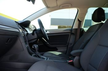 Volkswagen Golf 1.5 TSI EVO 150hp Match 5 Door DSG Auto with A/Con, Sat Nav, Alloys & Adaptive Cruise  image 15 thumbnail