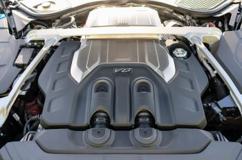 Bentley Continental GT 4.0 V8 Mulliner Edition 2dr Auto - City Specification - Panoramic Glass Roof image 9 thumbnail