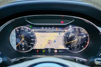 Bentley Continental GT 4.0 V8 Mulliner Edition 2dr Auto - City Specification - Panoramic Glass Roof image 18 thumbnail