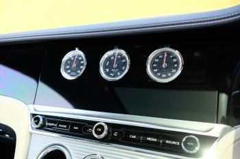 Bentley Continental GT 4.0 V8 Mulliner Edition 2dr Auto - City Specification - Panoramic Glass Roof image 20 thumbnail