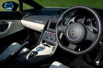 Lamborghini Gallardo LP 560-4 Spyder image 13 thumbnail