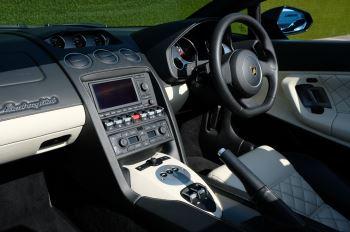 Lamborghini Gallardo LP 560-4 Spyder image 7 thumbnail