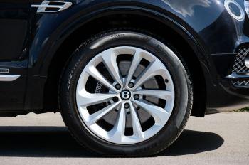 Bentley Bentayga 4.0 V8 5dr image 7 thumbnail