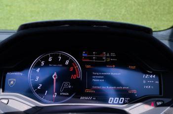 Lamborghini Huracan Performante Spyder 5.2 V10 AWD image 16 thumbnail