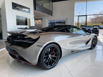 McLaren 720S 4.V8 2 DR PERFORMANCE image 5 thumbnail