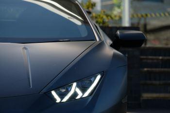Lamborghini Huracan Performante LP 640-4 2dr LDF - Carbon Ceramic Brakes - Carbon Fiber Features - Comfort Seats image 10 thumbnail