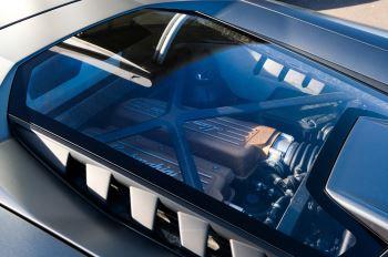 Lamborghini Huracan Performante LP 640-4 2dr LDF - Carbon Ceramic Brakes - Carbon Fiber Features - Comfort Seats image 15 thumbnail