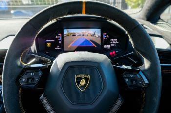 Lamborghini Huracan Performante LP 640-4 2dr LDF - Carbon Ceramic Brakes - Carbon Fiber Features - Comfort Seats image 22 thumbnail