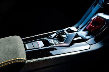Lamborghini Huracan Performante LP 640-4 2dr LDF - Carbon Ceramic Brakes - Carbon Fiber Features - Comfort Seats image 21 thumbnail