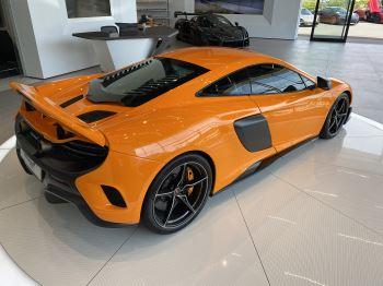 McLaren 675LT COUPE CLUBSPORT PACK image 3 thumbnail