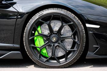 Lamborghini Aventador SVJ Coupe LP 770-4 SVJ image 9 thumbnail