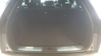 Land Rover Range Rover Velar 3.0 P400 R-Dynamic HSE image 12 thumbnail