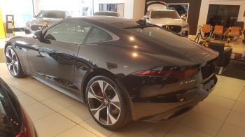 Jaguar F-TYPE 2.0 P300 First Edition SPECIAL EDITIONS image 3 thumbnail