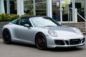 Porsche 911 TARGA 4 GTS - PDK - SPORT DESIGN PACKAGE - GTS INTERIOR PACKAGE image 36 thumbnail