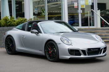 Porsche 911 TARGA 4 GTS - PDK - SPORT DESIGN PACKAGE - GTS INTERIOR PACKAGE 3.0 Automatic 2 door Coupe