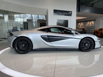 McLaren 570S Coupe V8 2dr SSG image 6 thumbnail