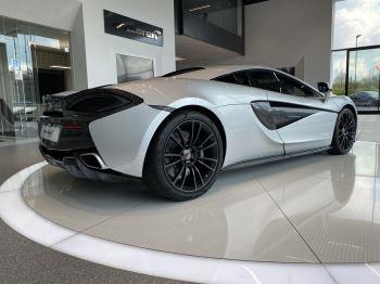 McLaren 570S Coupe V8 2dr SSG image 7 thumbnail