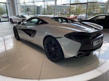 McLaren 570S Coupe V8 2dr SSG image 13 thumbnail