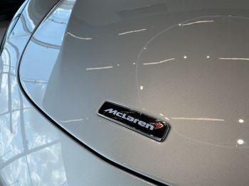 McLaren 570S Coupe V8 2dr SSG image 20 thumbnail