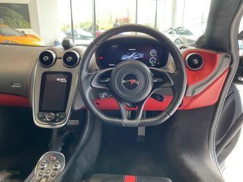 McLaren 570S Coupe V8 2dr SSG image 24 thumbnail