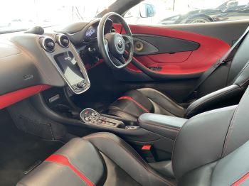 McLaren 570S Coupe V8 2dr SSG image 29 thumbnail