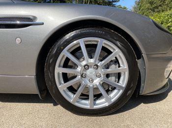 Aston Martin Vanquish S S V12 2+2 2dr image 16 thumbnail