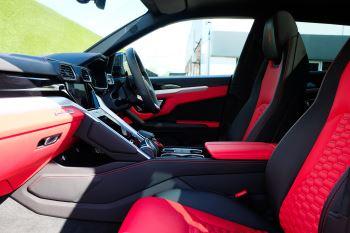 Lamborghini Urus 4.0T FSI V8 AUTO- 4 SEAT CONFIGURATION - NIGHT VISION - 23 INCH ALLOYS image 8 thumbnail