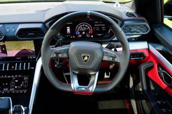 Lamborghini Urus 4.0T FSI V8 AUTO- 4 SEAT CONFIGURATION - NIGHT VISION - 23 INCH ALLOYS image 16 thumbnail