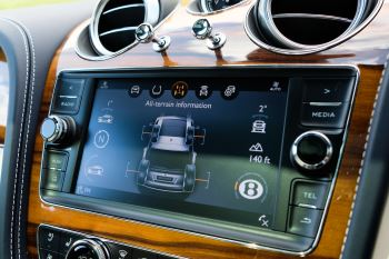 Bentley Bentayga 6.0 W12 - All Terrain, Sunshine, City and Touring Specification image 22 thumbnail