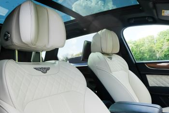 Bentley Bentayga 6.0 W12 - All Terrain, Sunshine, City and Touring Specification image 28 thumbnail