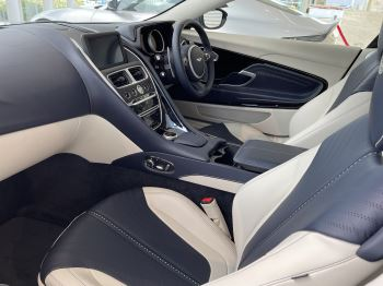 Aston Martin DB11 V8 Touchtronic image 19 thumbnail