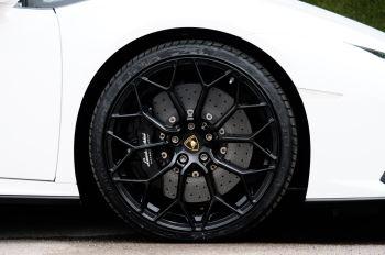 Lamborghini Huracan EVO Spyder LP 610-4 2dr LDF image 9 thumbnail