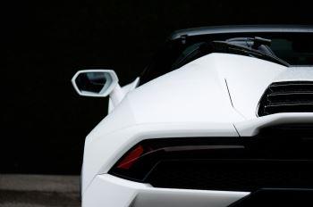 Lamborghini Huracan EVO Spyder LP 610-4 2dr LDF image 11 thumbnail