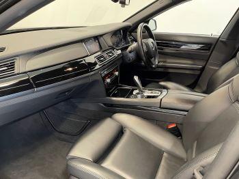 BMW 7 Series 760Li M Sport image 8 thumbnail