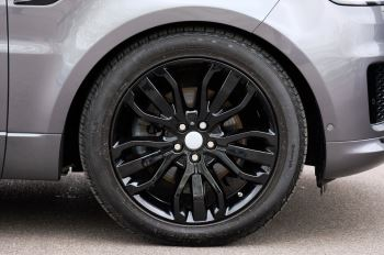 Land Rover Range Rover Sport 3.0 SDV6 Autobiography Dynamic 5dr [7 Seat] - Rear Seat Entertainment - 21 Inch Alloys image 5 thumbnail