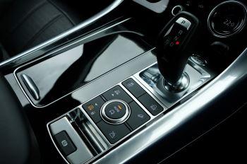Land Rover Range Rover Sport 3.0 SDV6 Autobiography Dynamic 5dr [7 Seat] - Rear Seat Entertainment - 21 Inch Alloys image 29 thumbnail