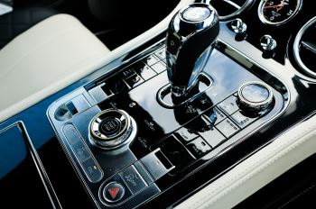 Bentley Continental GT 6.0 W12 - Mulliner Driving Specification image 22 thumbnail