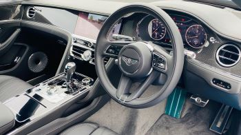 Bentley Flying Spur 4.0 V8 Mulliner Driving Spec 4dr Auto - Touring and City Specification image 12 thumbnail