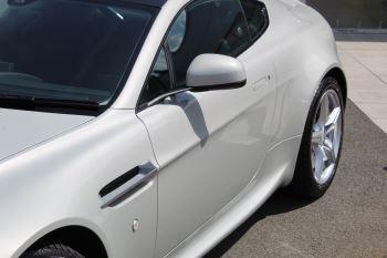 Aston Martin V8 Vantage Coupe 2dr [420] Latest Dash, 420BHP image 17 thumbnail