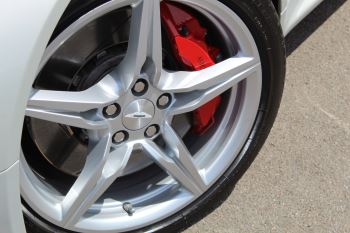 Aston Martin V8 Vantage Coupe 2dr [420] Latest Dash, 420BHP image 18 thumbnail