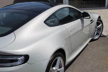 Aston Martin V8 Vantage Coupe 2dr [420] Latest Dash, 420BHP image 19 thumbnail