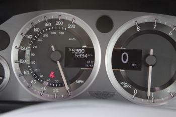 Aston Martin V8 Vantage Coupe 2dr [420] Latest Dash, 420BHP image 11 thumbnail