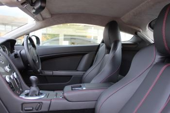 Aston Martin V8 Vantage Coupe 2dr [420] Latest Dash, 420BHP image 8 thumbnail