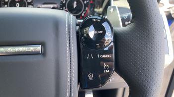 Land Rover Range Rover Sport 5.0 P575 S/C SVR image 12 thumbnail