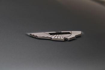 Aston Martin DB9 V12 GT 2dr Volante Skyfall Silver image 15 thumbnail